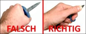 So halten Sie ein Austernmesser richtig