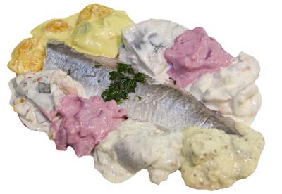 Feine Heringssalate für Ihren Heringsschmaus bei Fisch-Gruber am Wiener Naschmarkt