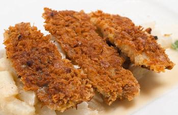 Gebratener Matjes mit geräuchertem Tomatenchutney und Safranrisotto