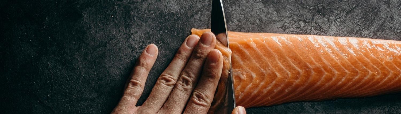 So filetieren Sie Fisch richtig - Tipps von Fisch-Gruber