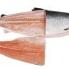 Frisch von ganzen Lachsen filetiert !